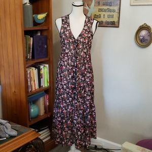 HOT TOPIC FLORAL DRESS SIZE M